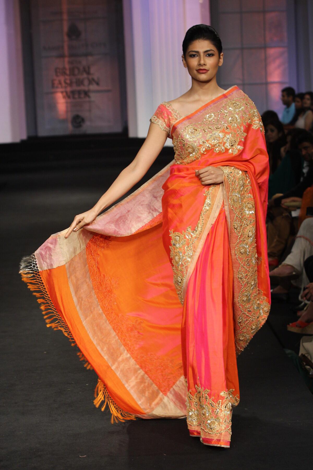Best Sarees Fashion Beauty Mehndi Jewellery Blouse Design