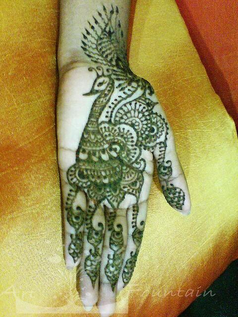Peacock Design Mehndi hand