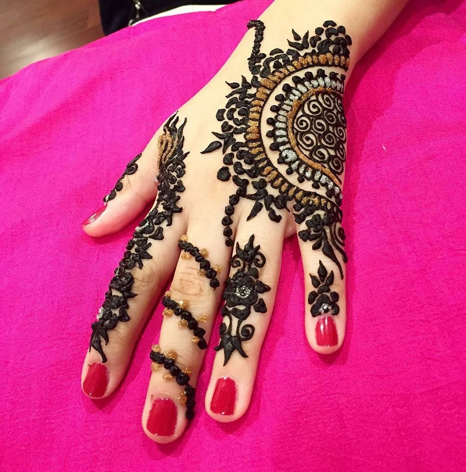Mehndi For Back Hands : Best hand back side mehndi design fashion beauty
