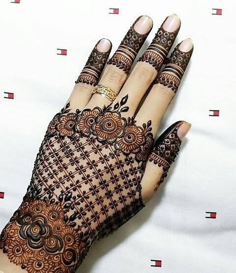 Mehndi For Back Side : Best hand back side mehndi design fashion beauty
