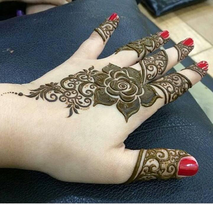 Mehndi Flower Design 2018 : Best arabic henna design for fingers fashion beauty