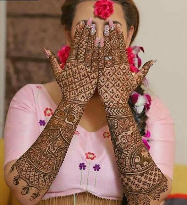 Unique Bridal Mehndi Design For Hands