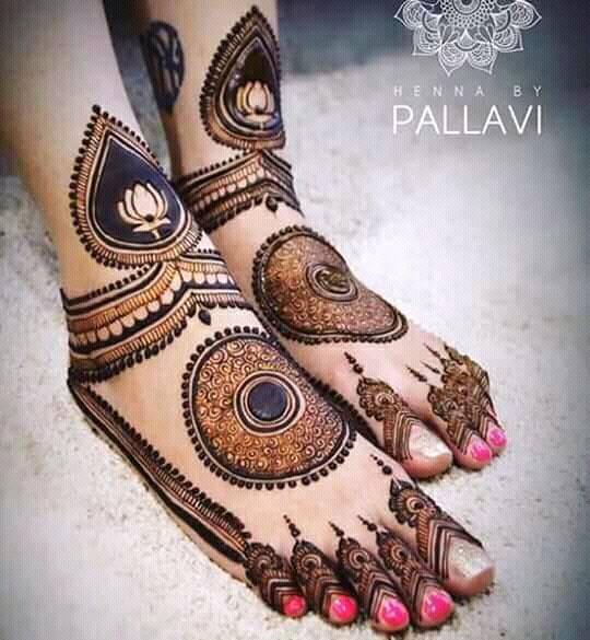 Floral Style Foot Leg Mehndi Designs Fashion Beauty Mehndi