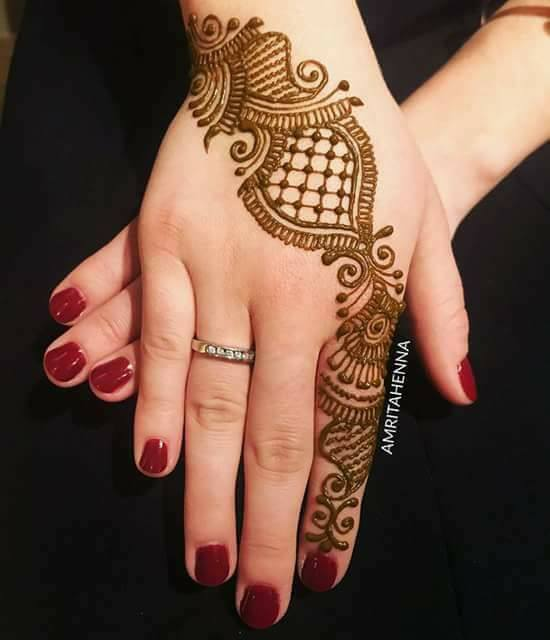 good engagement mehndi designs for fingers   fashion
