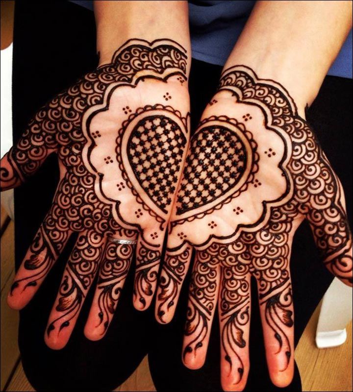 Fabulous Two Pair Hands Mehendi Designs