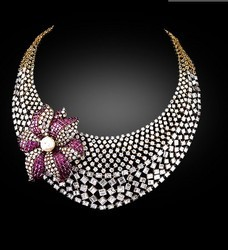 Beautifull Designs Of Diamond Necklece Fashion Beauty