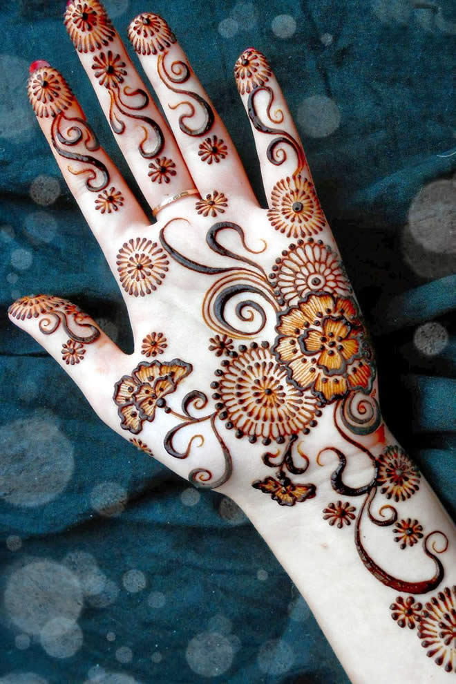 Latest Best Designs For Front Hand Mehendi Designs Fashion Beauty