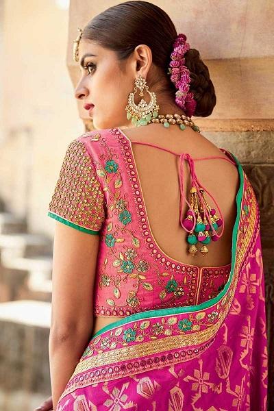 Simple Blouse Neck Designs For Silk Sarees Fashion